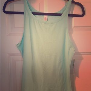 Mint green tank top, size large NWT